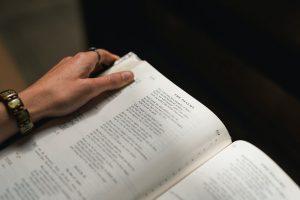Jenis dan Macam Penerjemahan, Terjemahan, Translasi dan Translet Resmi Tersumpah Dokumen Surat Keputusan Direksi