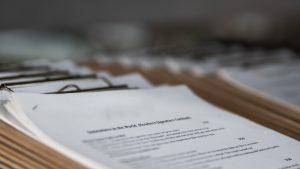 Sebelum presentasi, pahami jenis dan macam penerjemahan, terjemahan, translasi dan translet resmi tersumpah dokumen presentasi agar presentasi lancar.