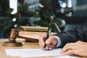 Jenis dan Macam Penerjemahan, Terjemahan, Translasi dan Translet Resmi Tersumpah Dokumen Dokumen Pengadilan